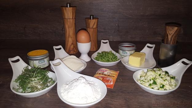 Curry-Zucchini-Waffel-Zutaten